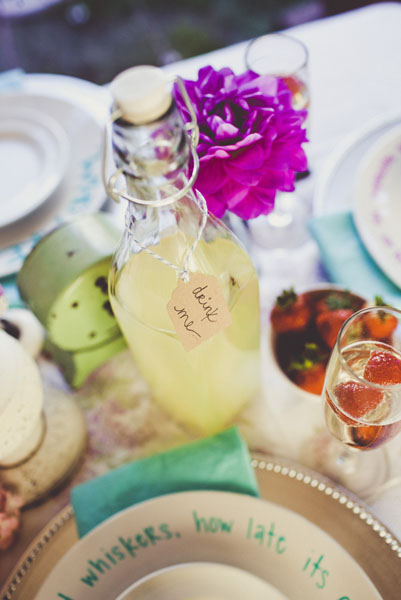 alice-in-wonderland-wedding-theme-disney-weddings-34