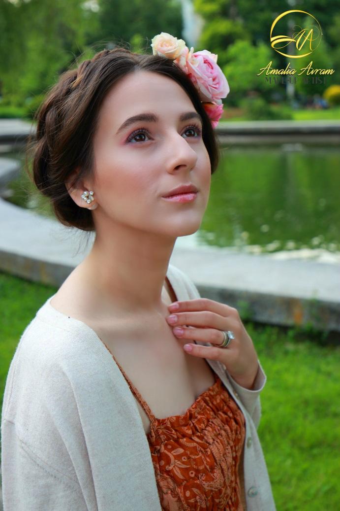 glamupdate amalia avram blushed makeup 3