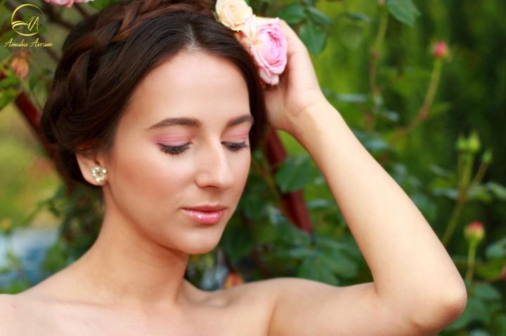 glamupdate amalia avram blushed makeup 7