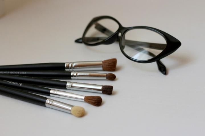 crown-brush-glamupdate-amalia-avram-makeup-artist-completebeauty-2