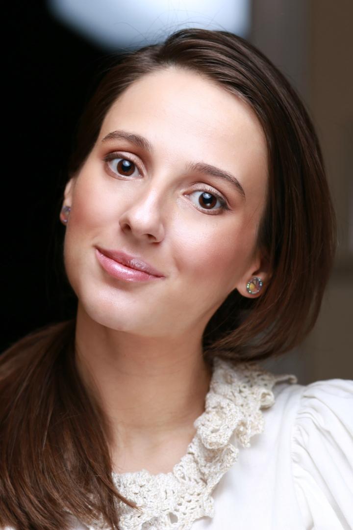 amalia-avram-makeup-artist-glamupdate-guinot-idei-de-cadouri-luxoase-pentru-ea-marius-avram-photographer-1