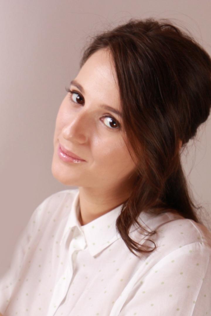 amalia-avram-makeup-artist-glamupdate-guinot-idei-de-cadouri-luxoase-pentru-ea-marius-avram-photographer-4