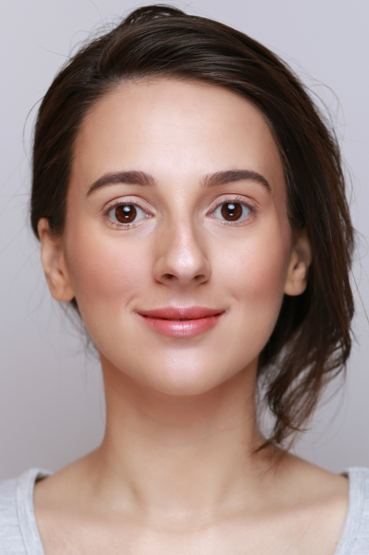 amalia avram makeup artist tutorial de machiaj cu farduri vegane 1.JPG