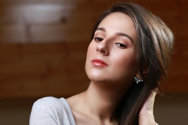 amalia avram makeup artist tutorial de machiaj cu farduri vegane 11.JPG
