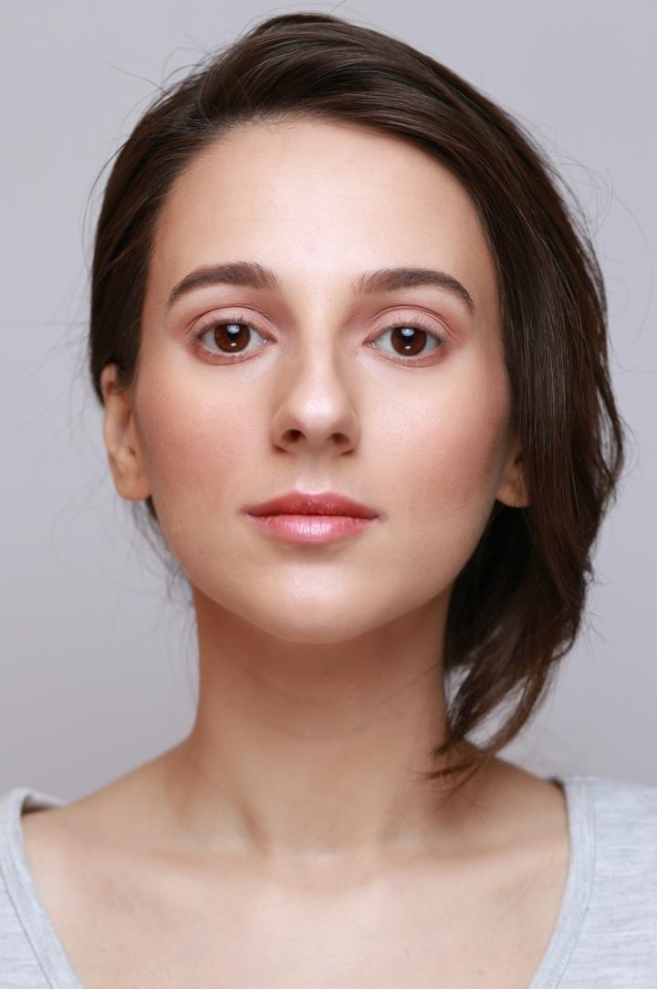 amalia-avram-makeup-artist-tutorial-de-machiaj-cu-farduri-vegane-5