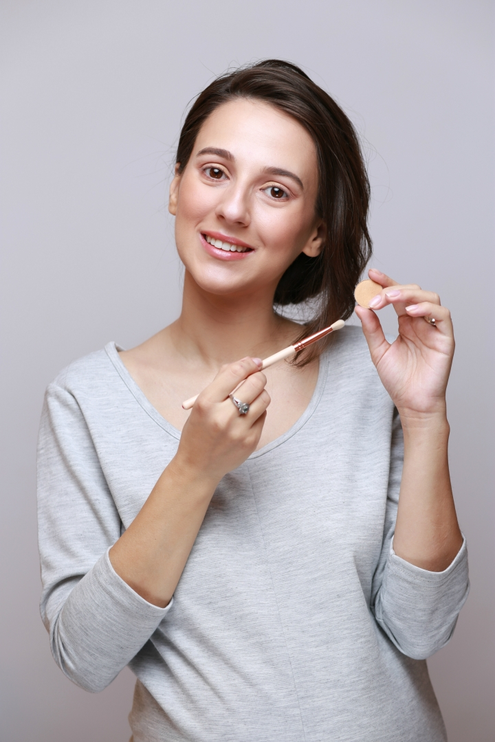 amalia avram makeup artist tutorial de machiaj cu farduri vegane 6.JPG
