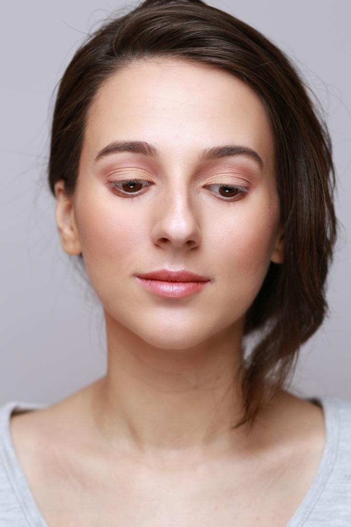 amalia-avram-makeup-artist-tutorial-de-machiaj-cu-farduri-vegane-7