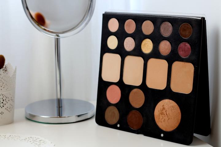 amalia avram makeup artist sorme eyeshadow palette mylash