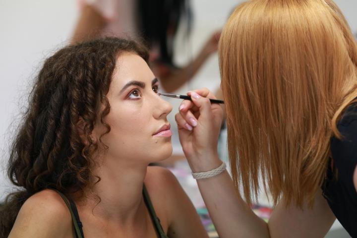 cursuri de machiaj profesional in pitesti amalia avram trainer formator academia bella popescu glamupdate beauty blogger 3.JPG
