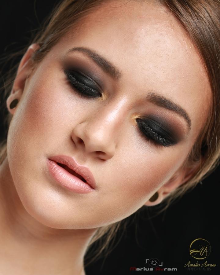 amalia avram makeup artist smokey eyes tutorial glamupdate beautyblogger.JPG