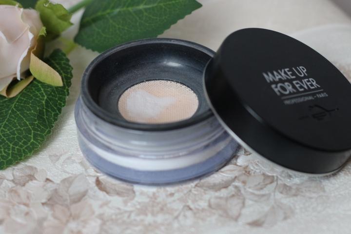 Makeup for ever hd powder amalia avram glamupdate review.JPG