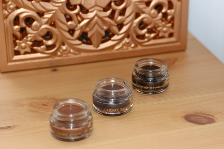 CUPIO BROW ME GEL DE SPRANCENE REVIEW AMALIA AVRAM GLAMUPDATE